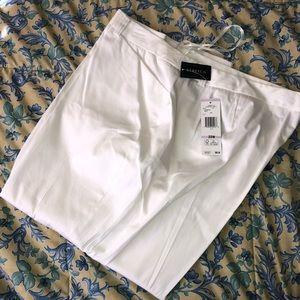 Jones New York Signature Woman pants